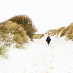 Winter an der Nordsee, Dünen, Schnee, Spaziergang