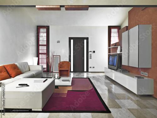entrata affacciata sul soggiorno moderno