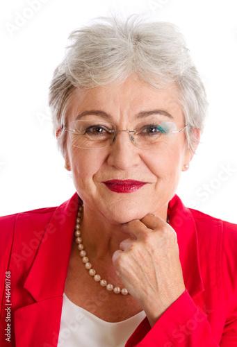 Seriöse ältere Dame