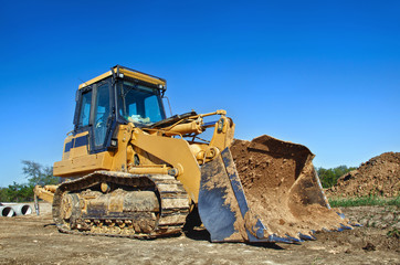 Yellow constraction bulldozer