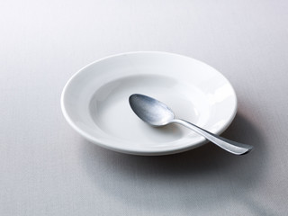 Place setting with empty plate