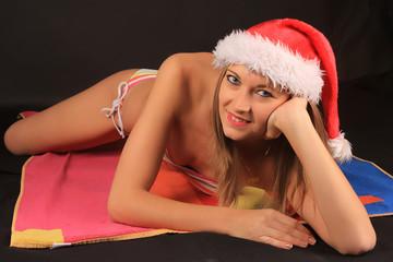 Navidad en verano, mujer rubia, fiestas navideñas