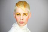portrait haarmodel - 46540522
