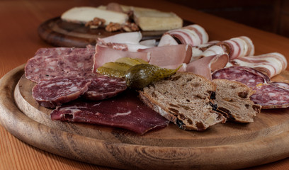 Chopping with typical italian cold cuts