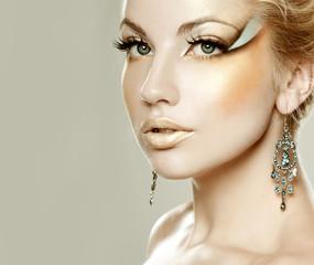 bright makeup