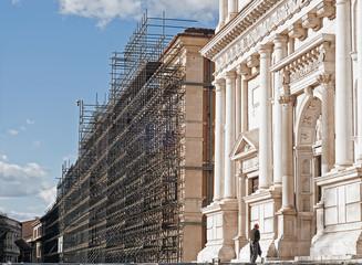 terremoto a l'Aquila la ricostruzione