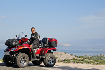 Mit dem ATV am Meer