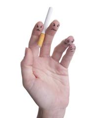 Le dita delle mani odiano il fumo
