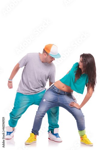 hip hop dancing couple