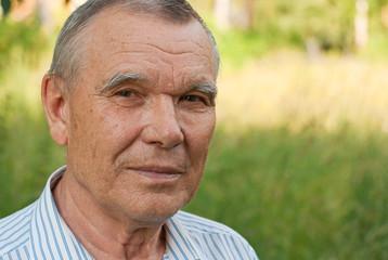 Портрет пожилого мужчины
