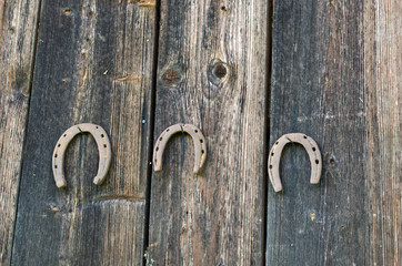 retro horse shoes hang nail wooden rural wall