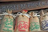 Fototapety Vaison la Romaine, Haut Vaucluse - Provenza mercato artigianale