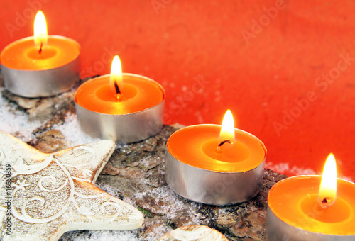 Adventsdekoration in orange