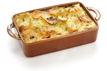potato gratin, gratin dauphinois, french cuisine