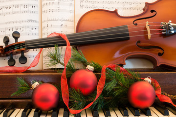 Piano and Violin Music for the Holidays