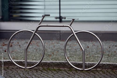 fahrradst nder aus edelstahl von etfoto lizenzfreies foto. Black Bedroom Furniture Sets. Home Design Ideas