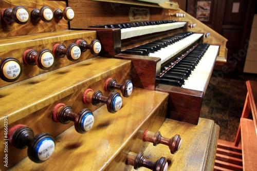 Claviers et pédales