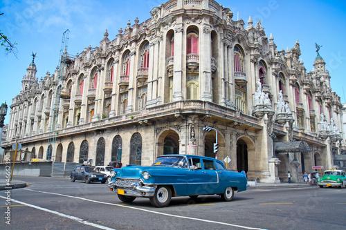 Aluminium Cubaanse oldtimers Classic Cadillac in Havana, Cuba.