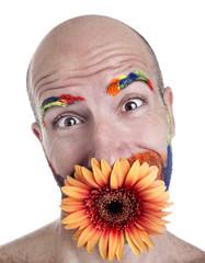 volto con ciglia dipinte e fiore