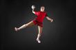 portrait einer jungen schönen blonden handballerin
