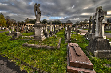 Brompton cemetery HDR