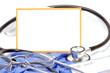 Stethoskop und leeres Schild