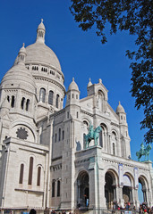 entrance Sacre Coeur