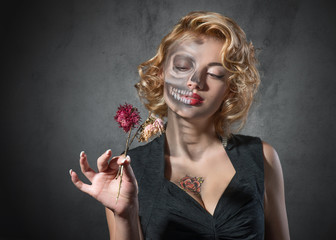 Halloween costume - portrait of dead actress