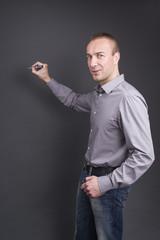 Der Erklärbär - Mann beim erklären mit Stift für Collagen