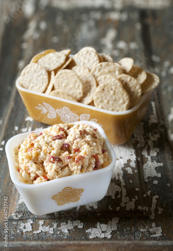 Pimento Cheese Snack with Crackers