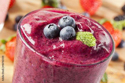 Fresh Organic Blueberry Smoothie - 46762338