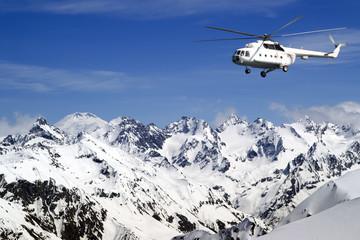 Heliski in high mountains