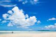 南国の海と雲