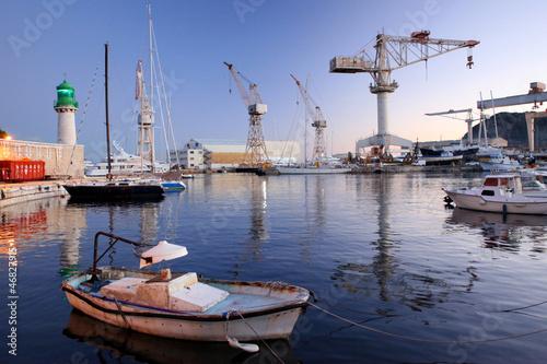 Papiers peints Port La Ciotat, le port, le soir