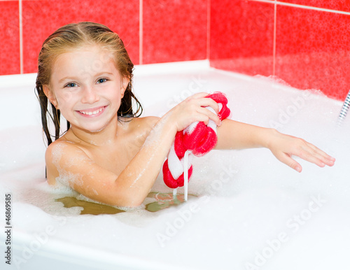 Little girl in the bath