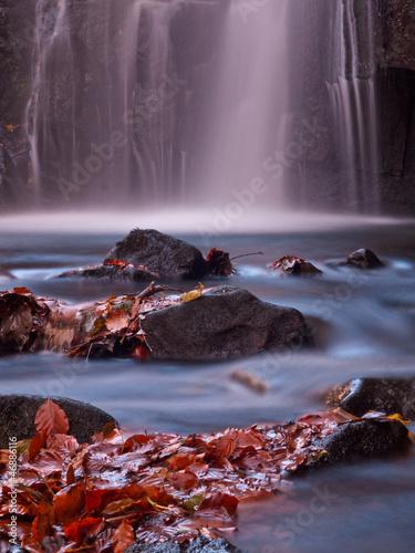 Fototapeten,cascade,wasserfall,herbst,fallen