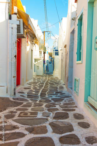 Staande foto Athene Beautifull narow alley in Mykonos island cyclades Greece