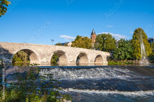 Leinwanddruck Bild alte Lahnbrücke