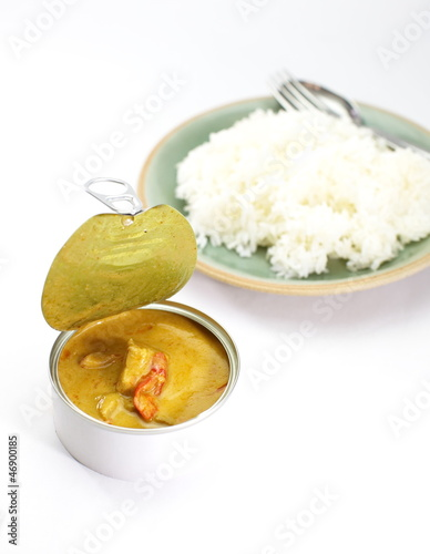 Yellow curry in can with rice