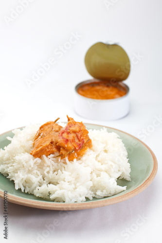 Red curry in can