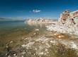 Rivage salé du lac Mono Lake