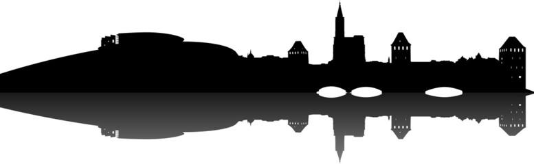 Strasbourg skyline (avec reflet)