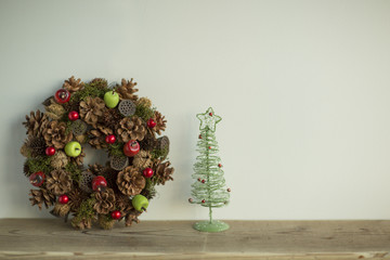 クリスマスツリーとクリスマスリース