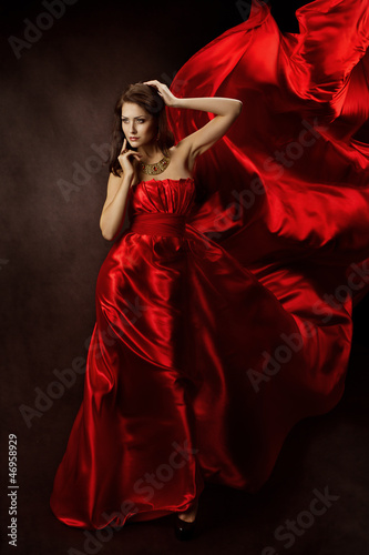 9fdb91c3495c Woman in red dress with flying fabric. Κωδικός εικόνας 46958929