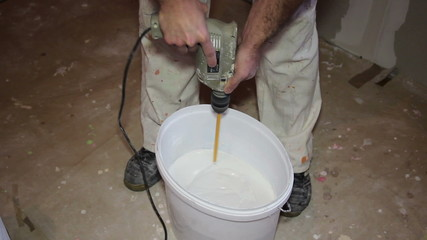 Decorator Mixing Plaster