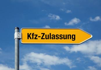 Pfeil mit blauem Himmel KFZ-ZULASSUNG