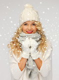 Fototapety beautiful woman in hat, muffler and mittens