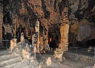 La salle du Vestibule des grottes d'Artà à Canyamel à Majorque