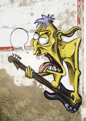 Graffiti guitarist