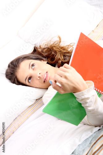 Im Bett lesen